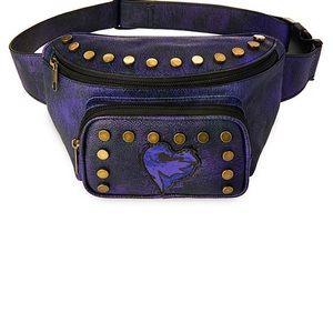 Disney brand Descendants wearable pouch